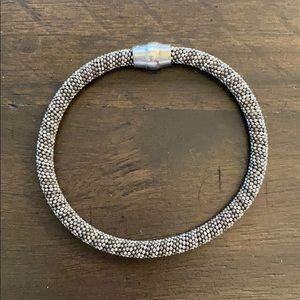 Mesh silver magnetic bracelet